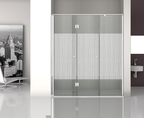 Mampara decorativa de vidrio con puerta batiente