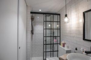 Cuarto de baño estilo Industrial
