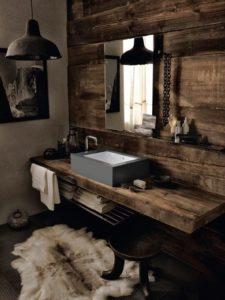 cuarto de baño de estilo industrial